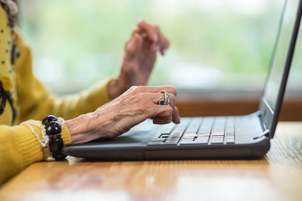 10 Digital Marketing Statistics for Aged Care Providers in Australia